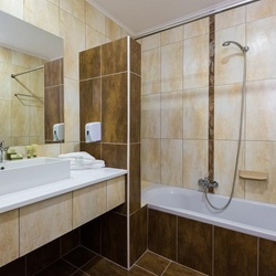 Gaia Royal Hotel - Double Room - Bathroom